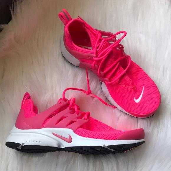 sports shoes 775bf cb705 Nike Air Presto Sneakers NWT